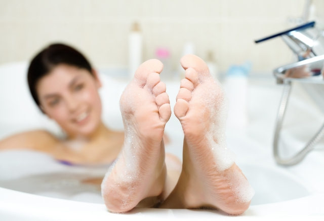 ducha o bañera (pies en remojo)